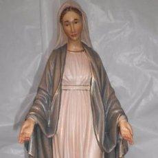 Antigüedades: VIRGEN MILAGROSA EN MADERA MACIZA (NUEVA). Lote 55927188
