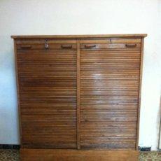 Antigüedades: ANTIGUO GRAN ARMARIO ARCHIVADOR DE ROBLE. Lote 55931963