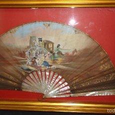 Antigüedades: ANTIGUO ABANICO CON VARILLAJE EN NACAR EN SU ABANIQUERA. Lote 55935933