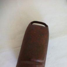 Antigüedades: ANTIGUO CENCERRO DE METAL, PARA GANADO, GANADERÍA. CAMPANO. SIN BADAJO. 20 X 10 CM. Lote 55945498