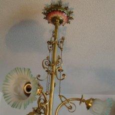 Antigüedades: ANTIGUA LAMPARA MODERNISTA. BRONCE, LATON Y PORCELANA. EN FUNCIONAMIENTO. Lote 55992334