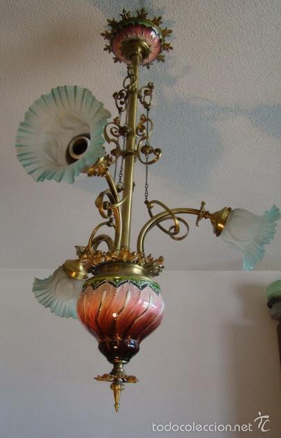 Antigüedades: ANTIGUA LAMPARA MODERNISTA. BRONCE, LATON Y PORCELANA. EN FUNCIONAMIENTO - Foto 2 - 55992334