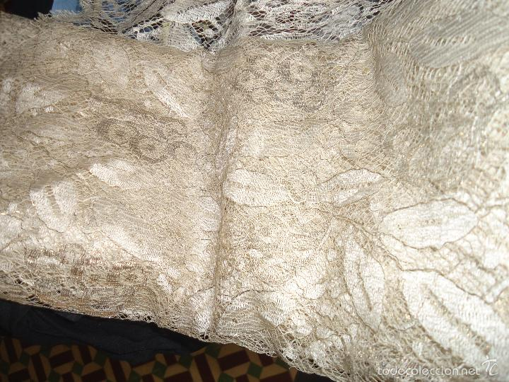 Antigüedades: ESPECTACULAR BLONDA FRANCESA ENCAJE 460X87 PLATA METALICA SOBRE BLANCO SEMANA SANTA VIRGEN TOCADO - Foto 10 - 56084109