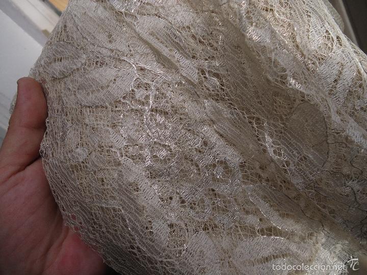 Antigüedades: ESPECTACULAR BLONDA FRANCESA ENCAJE 460X87 PLATA METALICA SOBRE BLANCO SEMANA SANTA VIRGEN TOCADO - Foto 16 - 56084109