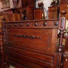 Antigüedades: CABECERO ANTIGUO EN MADERA DE CAOBA - PARA CAMA DE 135. Lote 56109677