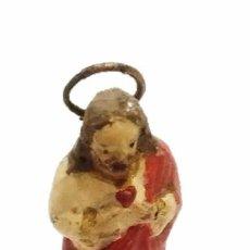 Antigüedades: ANTIGUO SANTO IMAGEN SAGRADO CORAZON DECORADO A MANO DE TERRACOTA. Lote 49580963