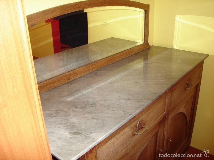 Antigüedades: aparador con mármol y espejo - Foto 3 - 56115832