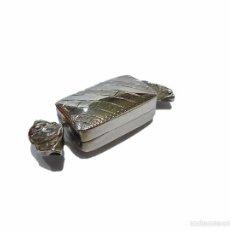 Antigüedades: ANTIGUA CAJITA ARTESANAL DE PLATA CON CONTRASTE 925 EN FORMA DE CARAMELO - S.XX. Lote 56119633