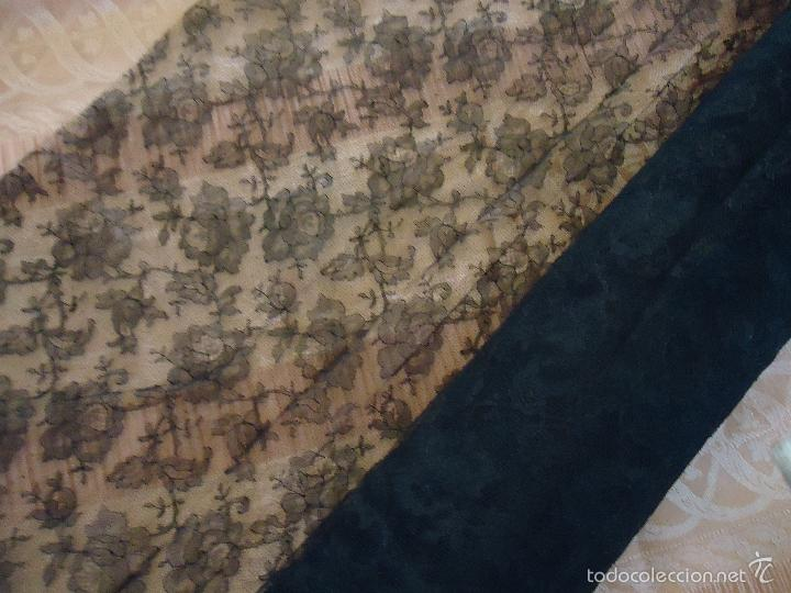 Antigüedades: 4 METROS X 90 CM ANCHO ENCAJE TUL BORDADO TIPO MANTILLA CHANTILLI CHANTILLY SEMANA SANTA VIRGEN - Foto 6 - 56121094