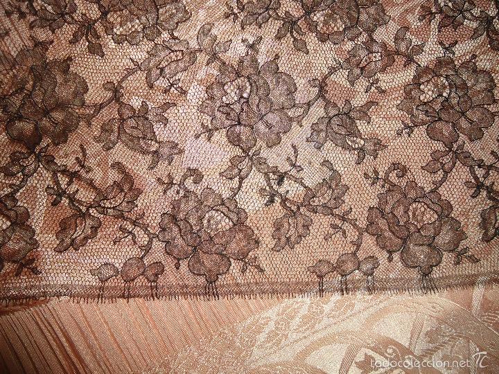 Antigüedades: 4 METROS X 90 CM ANCHO ENCAJE TUL BORDADO TIPO MANTILLA CHANTILLI CHANTILLY SEMANA SANTA VIRGEN - Foto 8 - 56121094