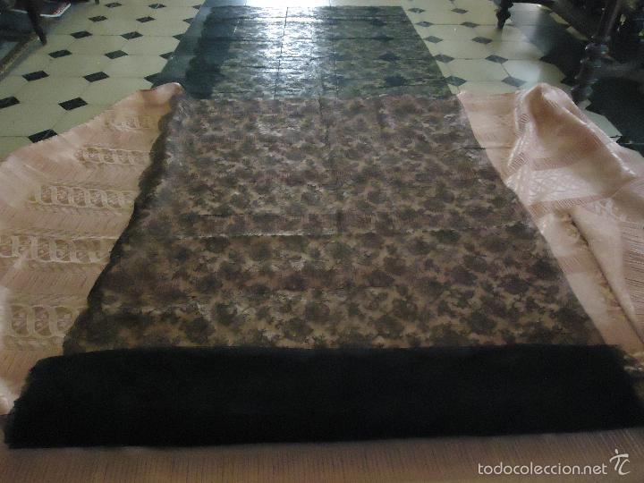 Antigüedades: 4 METROS X 90 CM ANCHO ENCAJE TUL BORDADO TIPO MANTILLA CHANTILLI CHANTILLY SEMANA SANTA VIRGEN - Foto 20 - 56121094
