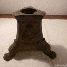 Antigüedades: BASE DE BRONCE PARA CANDELABRO O CRUZ. Lote 56123774
