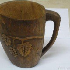 Antigüedades: JARRA TALLADA EN MADERA CON MOTIVOS VINICOLAS. --- Q. Lote 56223492