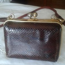 Antigüedades: ANTIGUO Y BONITO BOLSO DE PIEL DE SERPIENTE, COLOR MARRON.. Lote 102274606