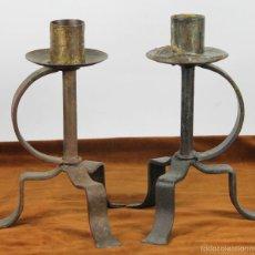 Antigüedades: PAREJA DE CANDELABROS DE IGLESIA EN METAL. CIRCA 1950. . Lote 56276350