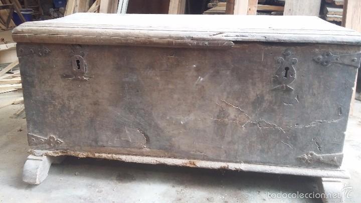 Antigüedades: Arca de nogal del S XVI - Foto 4 - 56302394