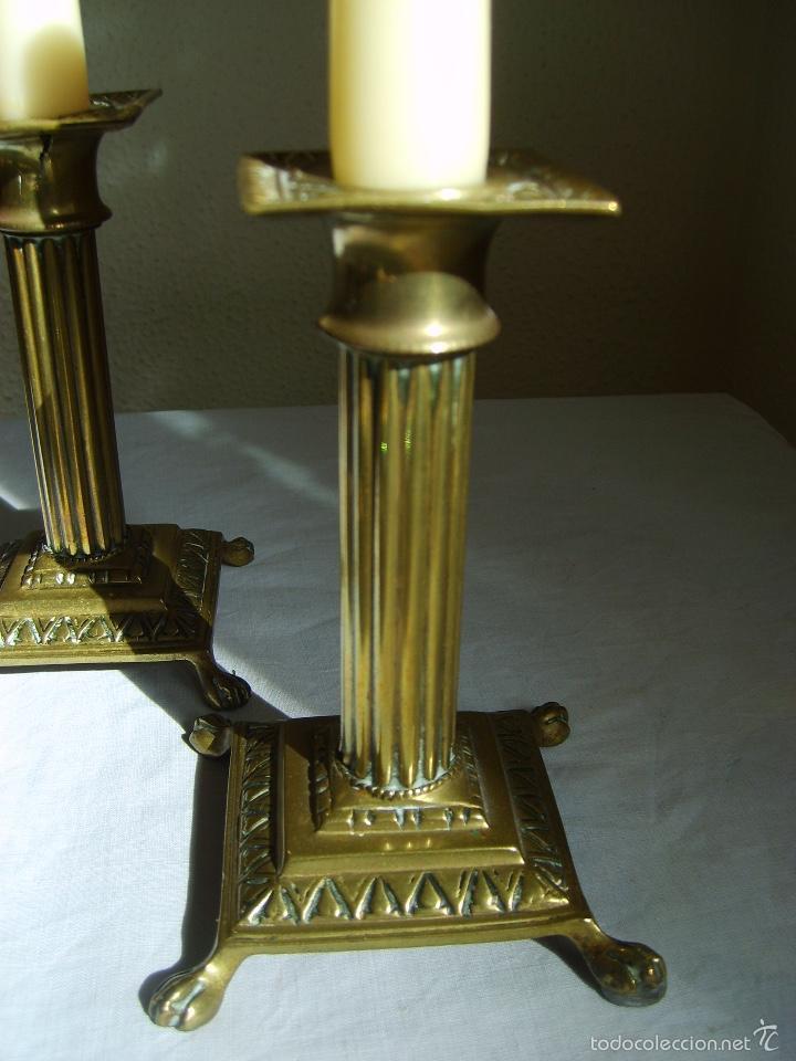 Antigüedades: ANTIGUOS CANDELABROS DE BRONCE - PAREJA - PORTAVELAS - Foto 3 - 56316676