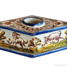 Antiquités: TALAVERA. ANTIGUO TINTERO CON FORMA DE ROMBO, SIGLO XVIII. 18 CM DE LARGO Y 13,5 CM DE ANCHO.. Lote 56333926