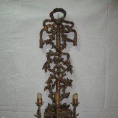 Antiques - Candelabro de madera tallada y dorada estilo Luis XV. s.XX - 56342736