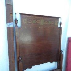Antigüedades: CAMA DE MADERA CON MARQUETERIA 100CM. Lote 56428719
