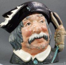 Antigüedades: TOBY JUG JARRA PORCELANA ROYAL DOULTON SANCHO PANZA SELLO BASE 1956 . Lote 56459814