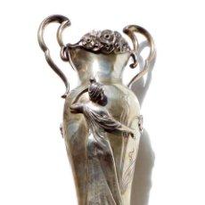 Antigüedades: PRECIOSO FLORERO O JARRITA EN PLATA ART NOUVEAU - MOTIVOS FLORALES Y MUJER CON VESTIDO 29 CM ALT. Lote 56463554
