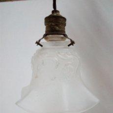 Antigüedades: MUY ANTIGUA LAMPARA EN CRISTAL MATE . Lote 56465795