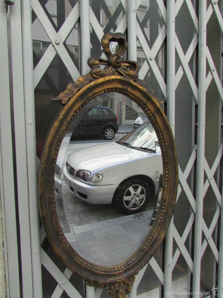 espejo con marco tallado en madera de castaño. - Comprar Espejos ...