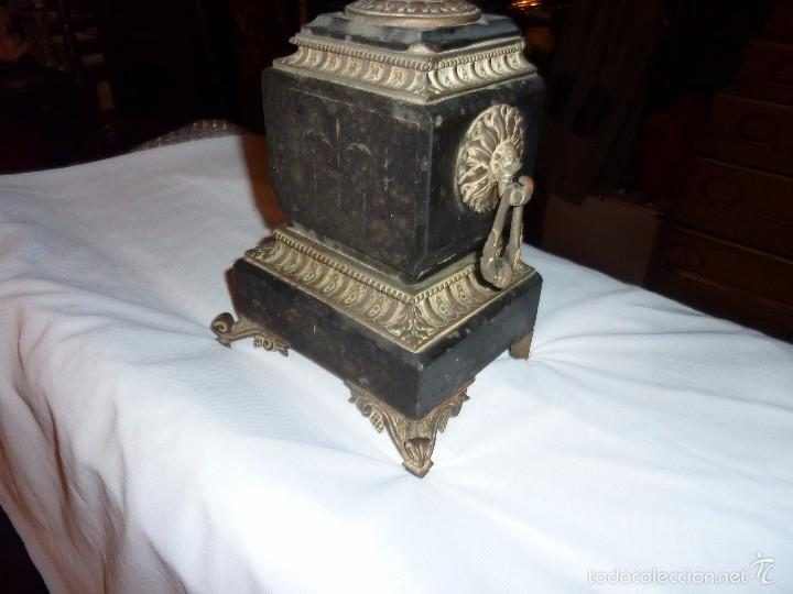Antigüedades: ANTIGUO CANDELABRO CON BASE DE MARMOL. - Foto 2 - 56482063