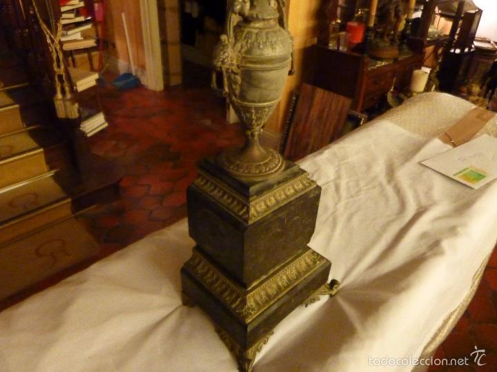 Antigüedades: ANTIGUO CANDELABRO CON BASE DE MARMOL. - Foto 7 - 56482063