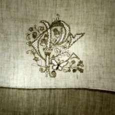 Antigüedades: CONJUNTO DE SÁBANA DE MATRIMONIO.LINO BORDADO A MANO. ENCAJE MANUAL.ESPAÑA XIX. Lote 56482202