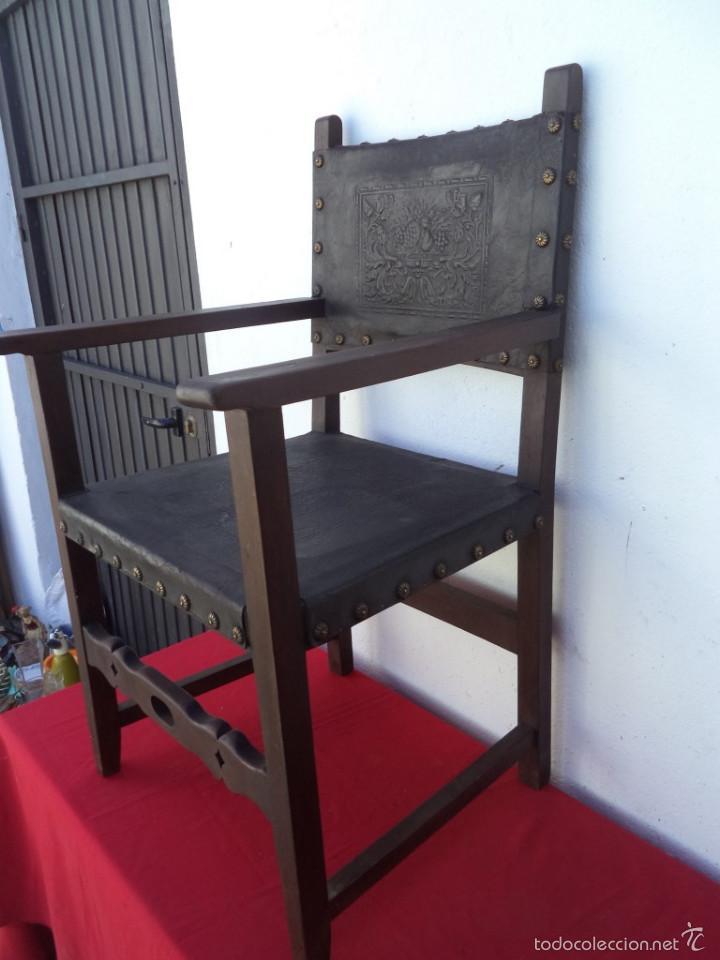 SILLON ESTILO ESPAÑOL (Antigüedades - Muebles Antiguos - Sillones Antiguos)