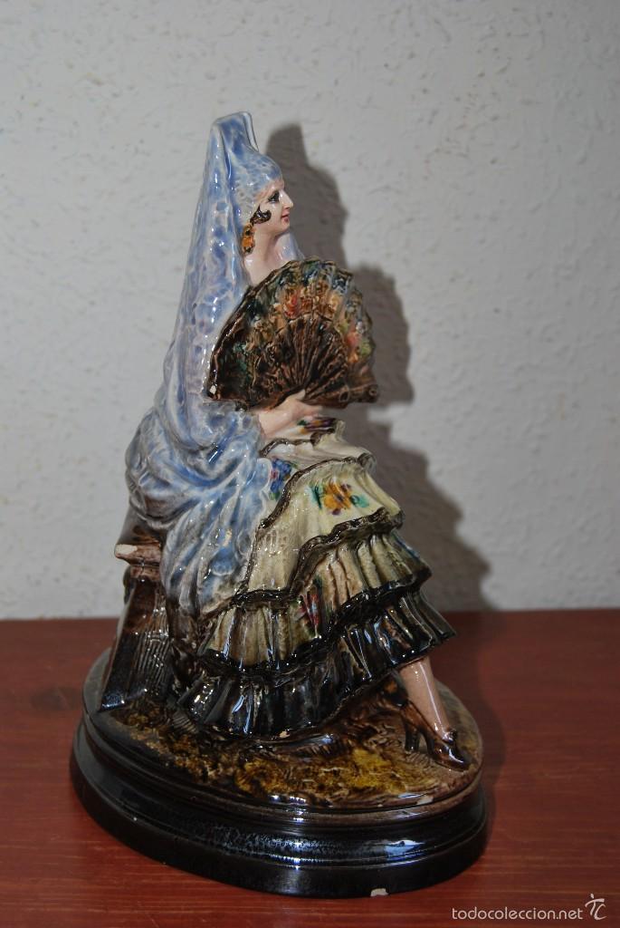 Antigüedades: FIGURA DE CERÁMICA DE VALENCIA DE ANTONIO PEYRÓ - GITANA FLAMENCA - VALENCIANA CON PERICÓN - AÑOS 20 - Foto 3 - 56488071