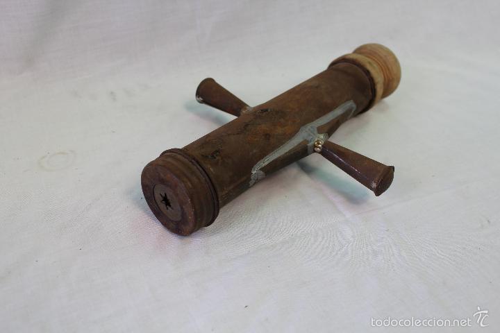 CHURRERA MANUAL ANTIGUA CON ALIMAENTADOR DE MADERA (Antigüedades - Técnicas - Rústicas - Utensilios del Hogar)