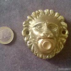 Antigüedades: ANTIGUO PULSADOR/TIMBRE CON CABEZA DE LEON EN METAL.. Lote 69754467