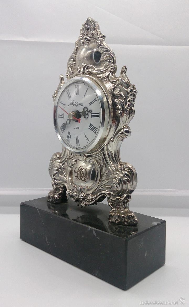 Antigüedades: Reloj antiguo en plata de ley repujada y marmol negro marquina, firmada por el joyero Pedro Durán . - Foto 2 - 56522490