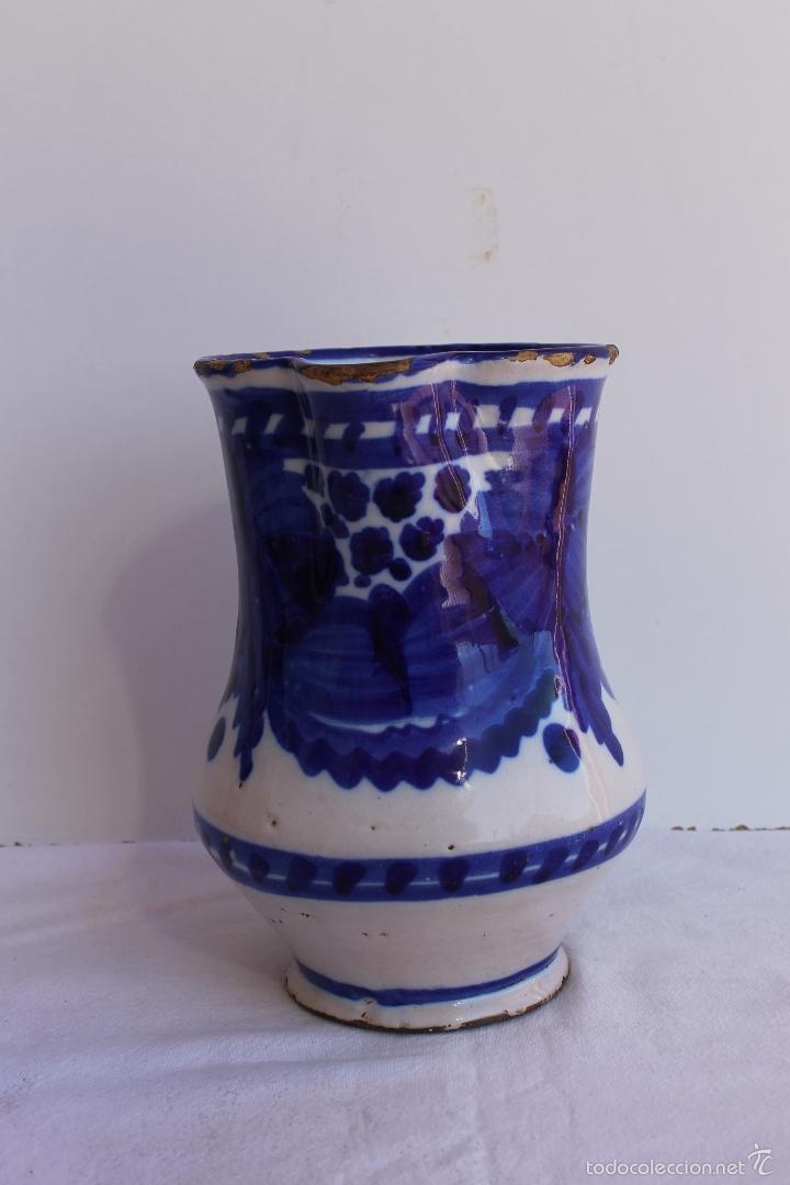 JARRA AZUL Y BLANCA DE MANISES SIGLO XIX (Antigüedades - Porcelanas y Cerámicas - Manises)