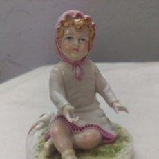 Antiques - DELICADA FIGURA INFANTIL EN PORCELANA GALOS GALICIA SELLADA NUMERADA - 56595079