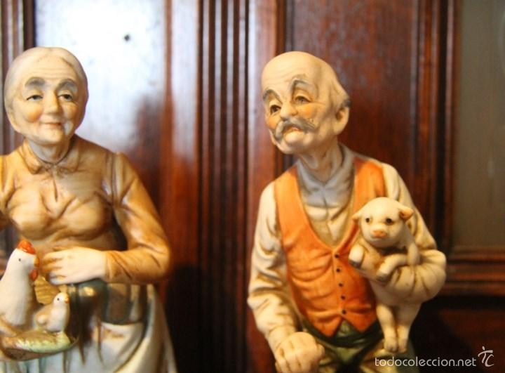Antigüedades: PAREJA DE ANCIANOS EN PORCELANA JAPONESA EN PERFECTO ESTADO NOMBRE EN LA BASE - Foto 3 - 56605340