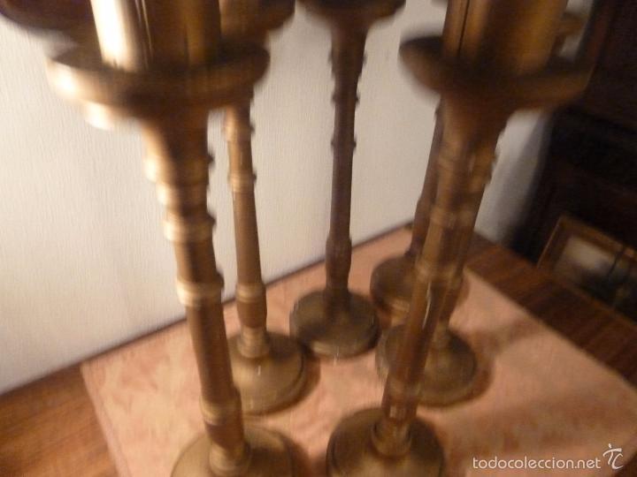 Antigüedades: seis candelabros candeleros antiguos de madera dorados - Foto 11 - 56618017