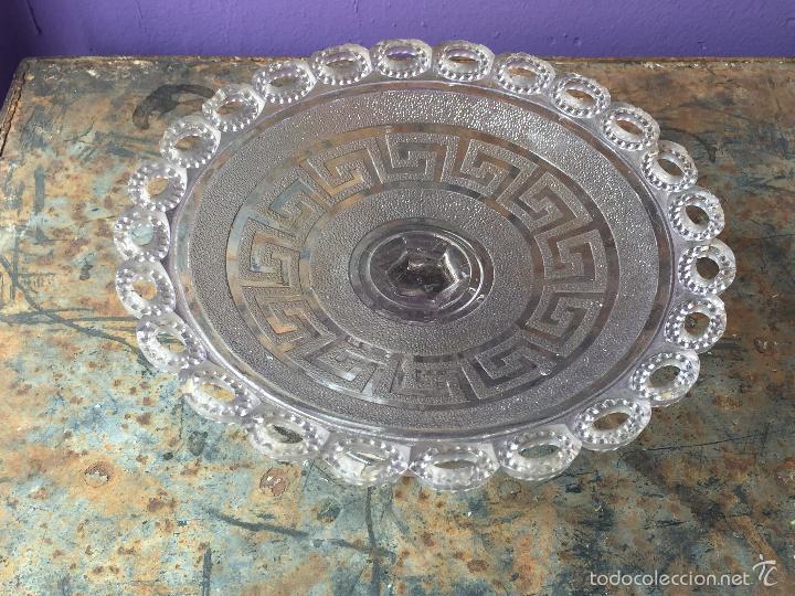 Antigüedades: Antiguo frutero de cristal prensado - Foto 2 - 56621714