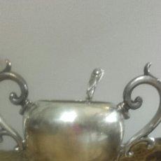 Antiquitäten - Azucarero metal plateado con cucharita 16 cm X 17 cm - 56627784