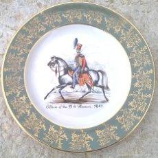 Antigüedades: PORCELANA DECORATIVA ROYAL FALCON. Lote 56630071