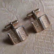 Antigüedades: GEMELOS METAL DORADO AÑOS 60. Lote 56649155