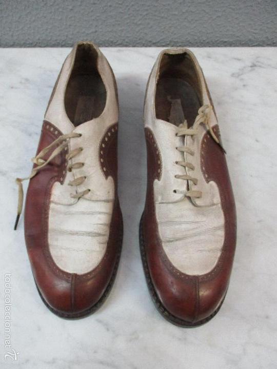 Curiosos zapatos antiguos en piel marr n y bl comprar - Casas zapateria barcelona ...