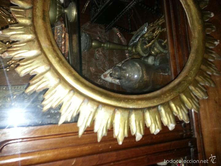 Antigüedades: ANTIGUO MARCO S IXX DE MADERA FORMA DE SOL PAN DE ORO COLOCAR PINTURA O ESPEJO GRAN TAMAÑO - Foto 4 - 56702479