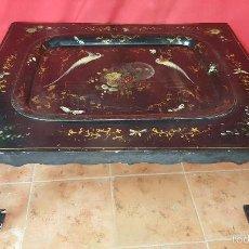 Antigüedades: PRECIOSA MESA ORIENTAL CON BANDEJA DESMONTABLE.. Lote 27503331