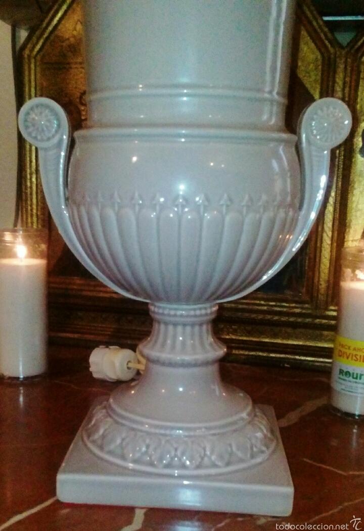 LAMPARA DE HISPANIA. MANISES. ESMALTADA EN GRIS PERLA. MODERNISTA CON UN TOQUE CLASICO. (Antigüedades - Porcelanas y Cerámicas - Manises)
