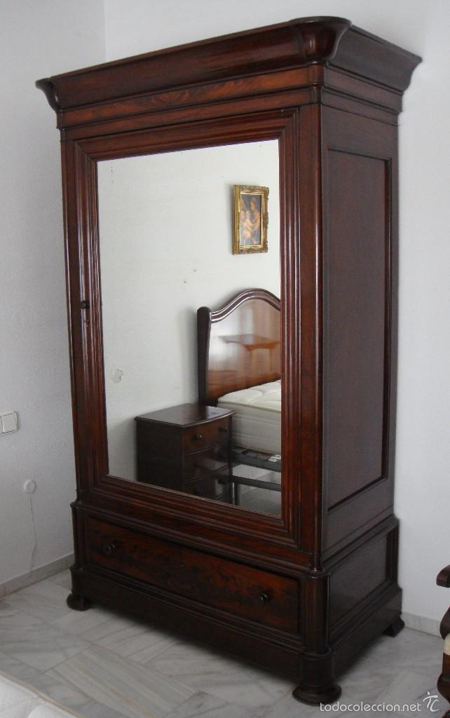 Magnifico armario de caoba maciza resta comprar for Fotos de muebles antiguos restaurados