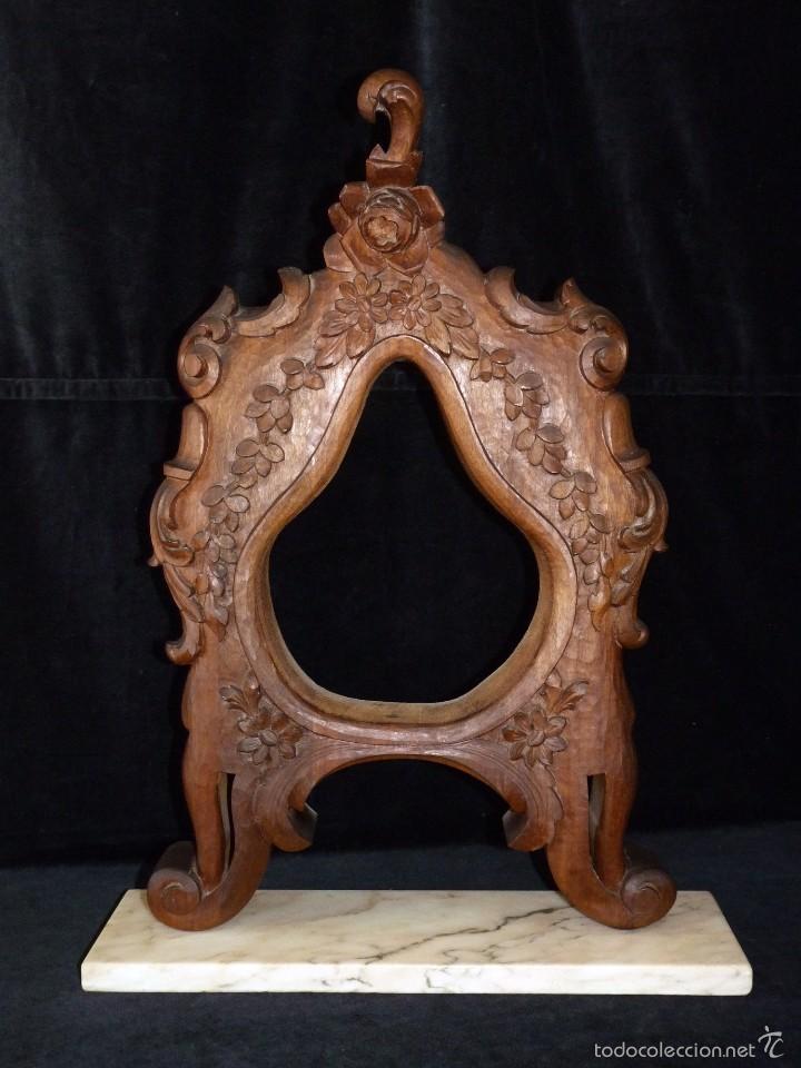 marco tallado en nogal al estilo rococo, montad - Comprar Marcos ...
